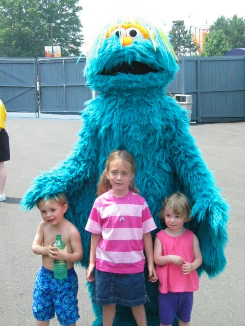 Fathers Day Weekend 2003 at Sesame Place - Character Pix